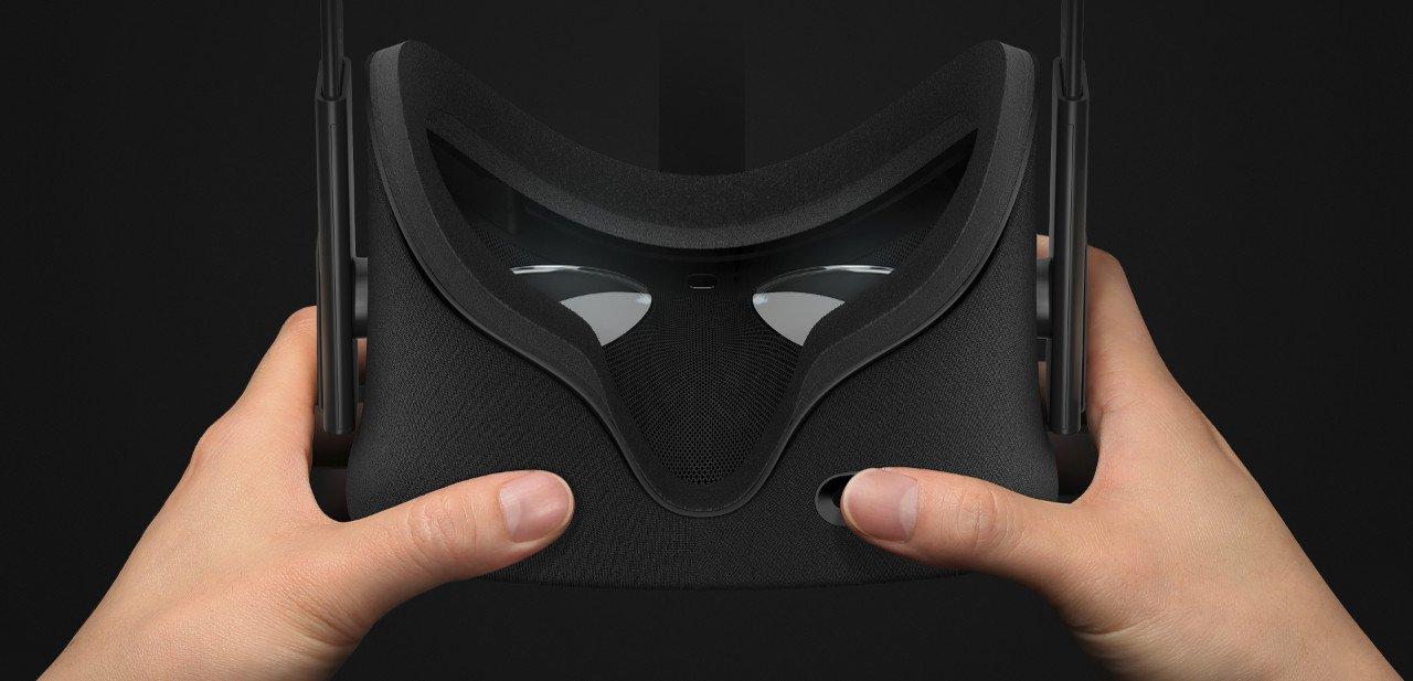 Plano cercano del interior de un casco Oculus Rift