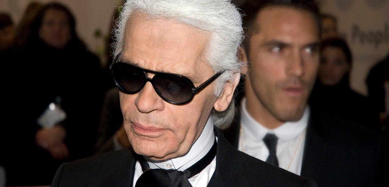 Primer plano de Karl Lagerfeld