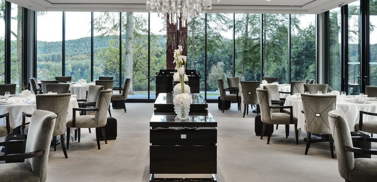villa ren lalique el primer hotel y restaurante de la. Black Bedroom Furniture Sets. Home Design Ideas