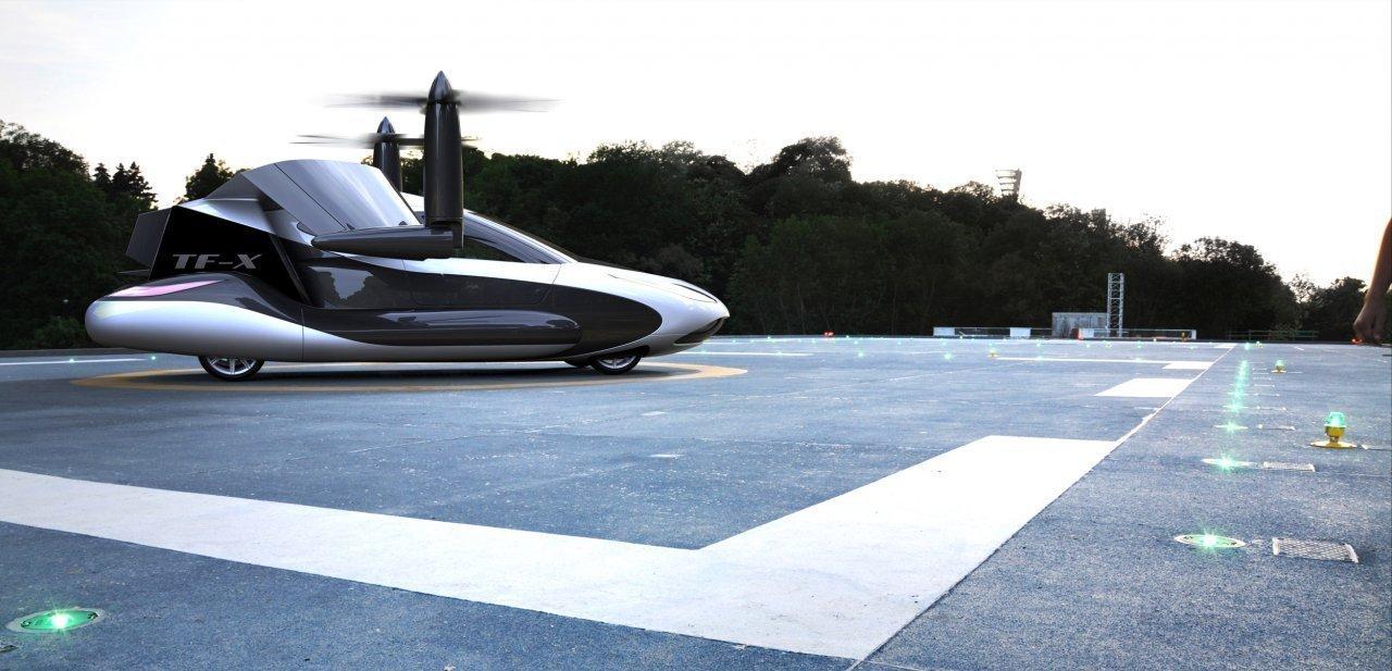 Terrafugia TF-X con los rotores en funcionamiento