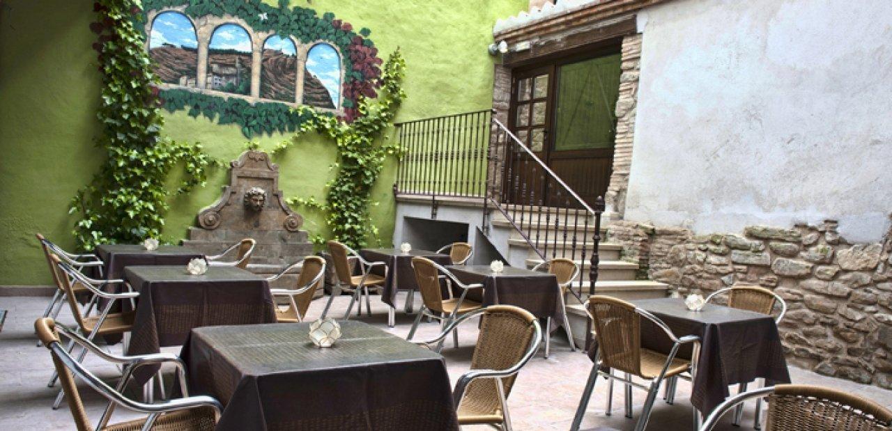 Terraza del restaurante del Hotel Palacio del Obispo