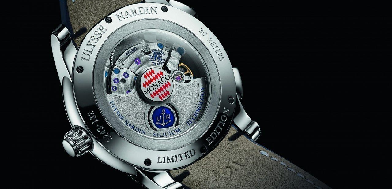 Trasera del reloj Dual Time Manufacture Monaco de Ulysse Nardin