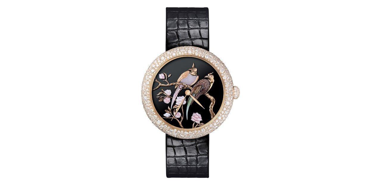 Un reloj Chanel Mademoiselle Privé Coromandel con dos aves como motivo