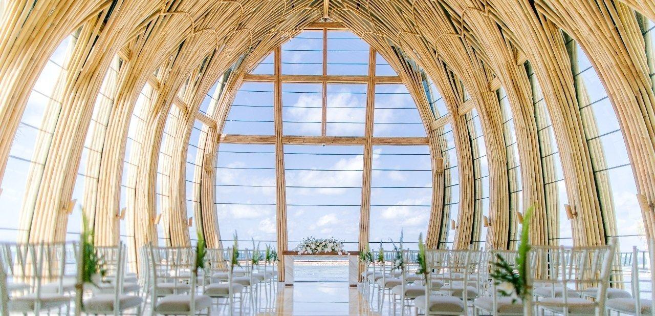 Una boda de ensueño a las orillas del mar de Bali