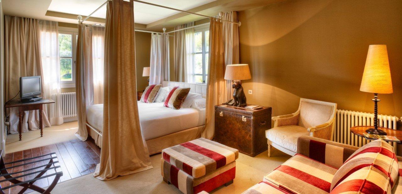 Una de las habitaciones del hotel Iturregi de Guipúzcoa