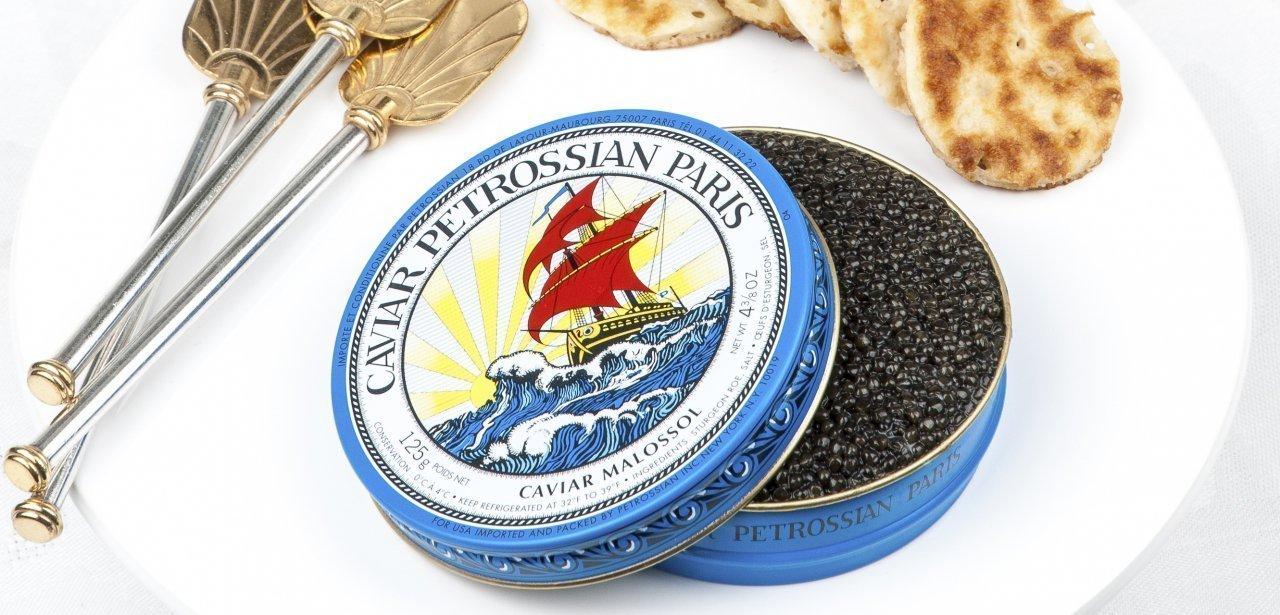Una lata de caviar Petrossian