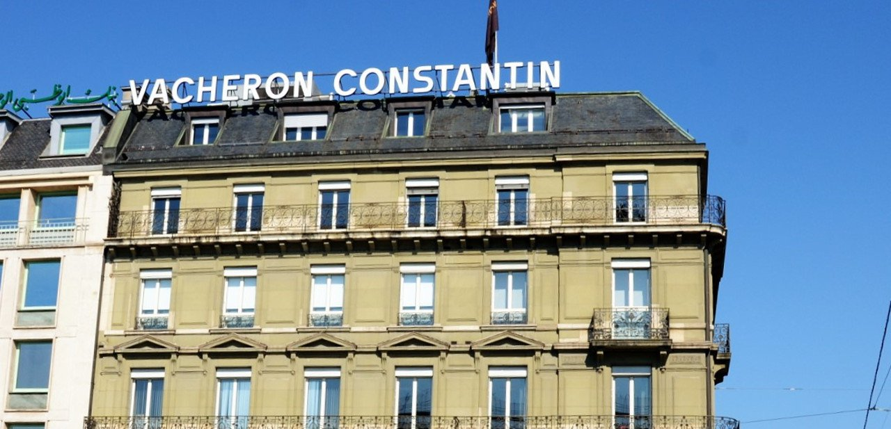 Vista de la fachada de la sede de Vacheron Constantin