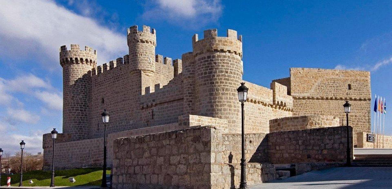 Vista del Castillo de Olmillos de Samasón