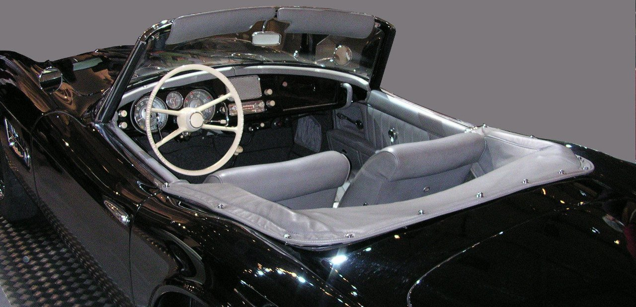 Vista del interior de un BMW 507