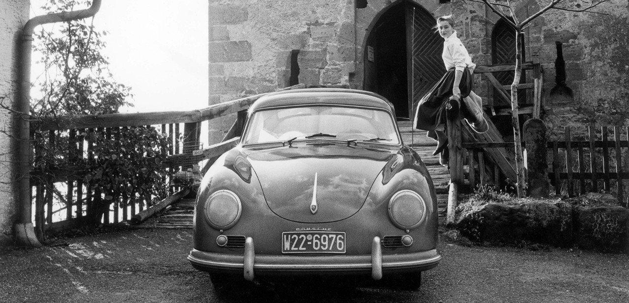Vista frontal de un Porsche 356