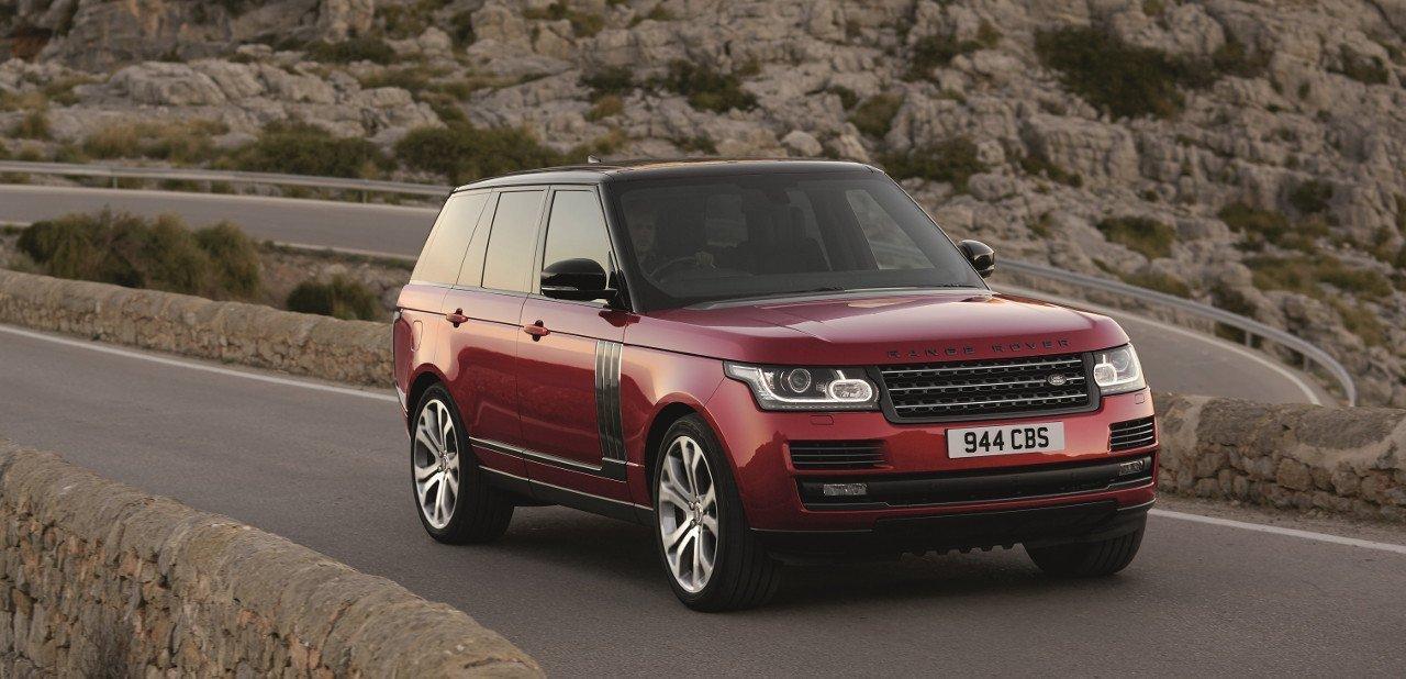 Vista frontal de un Range Rover Autobiography