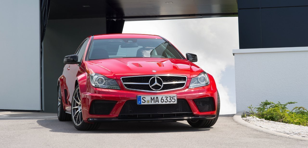 Vista frontal del Mercedes C 63 AMG Coupé