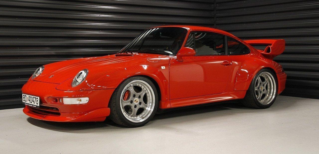 Vista frontal del Porsche 993