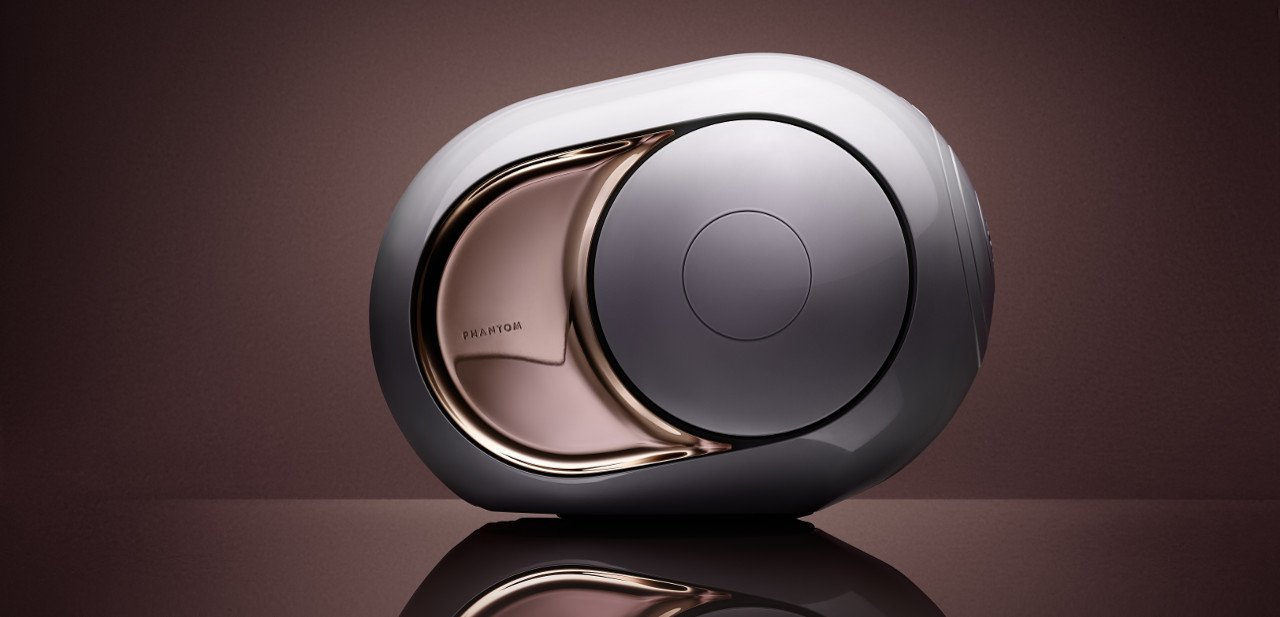 Vista lateral del Devialet Gold Phantom