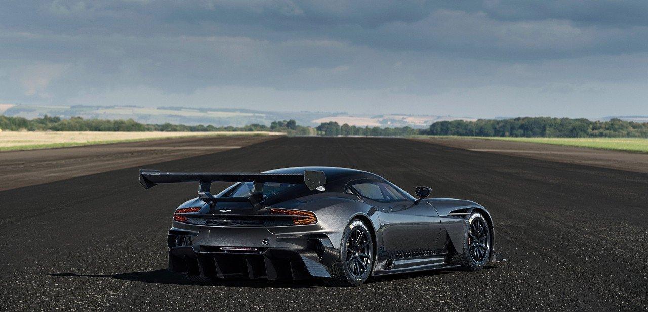 Vista trasera del Aston Martin Vulcan