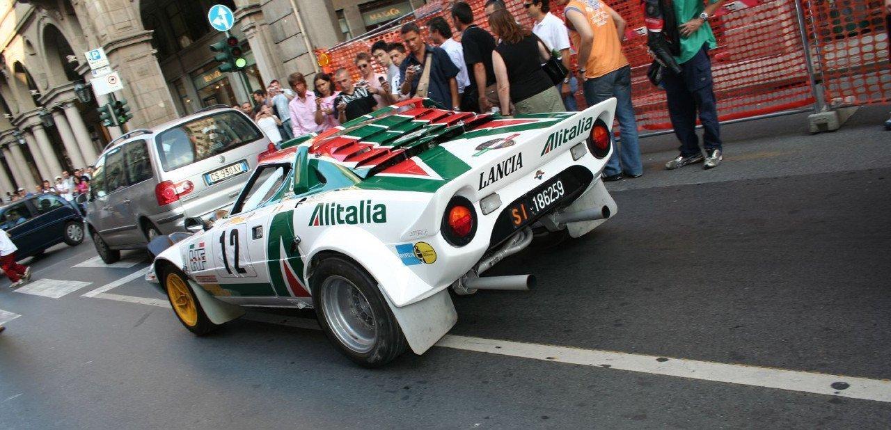 Vista trasera del Lancia Stratos de competición