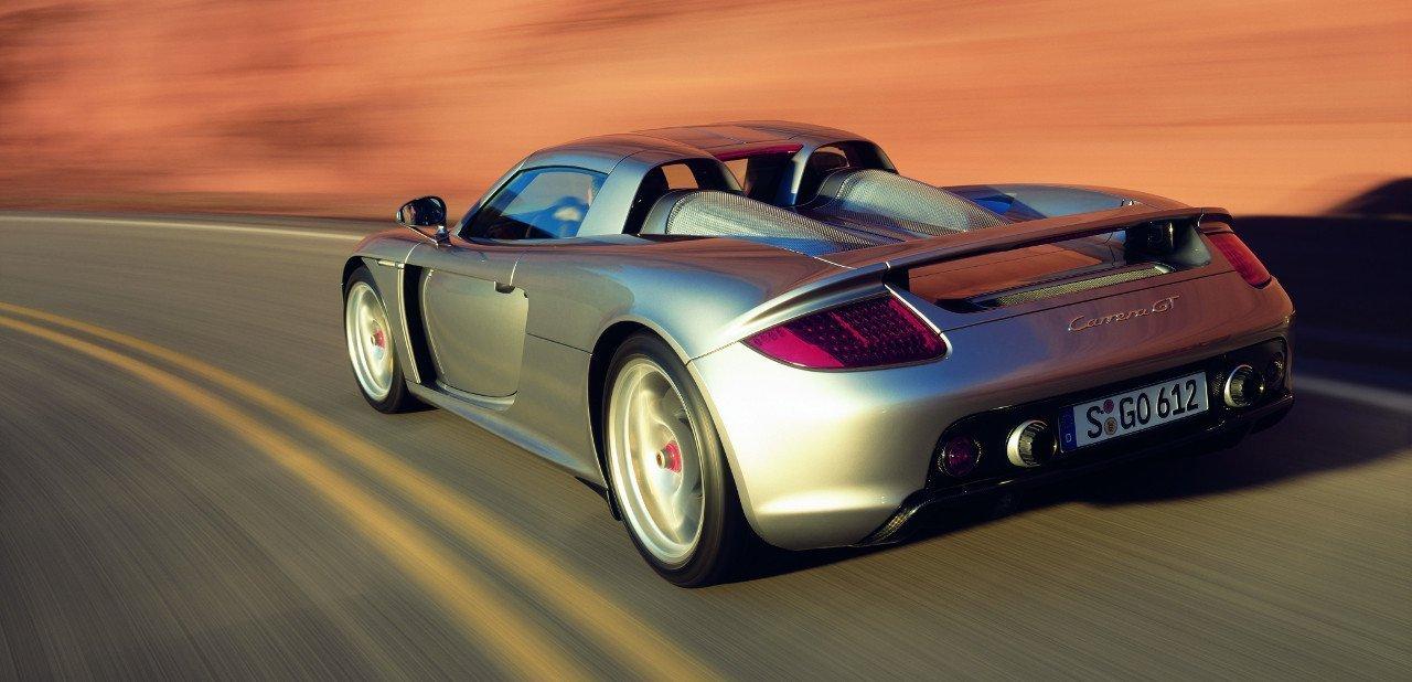 Vista trasera del Porsche Carrera GT