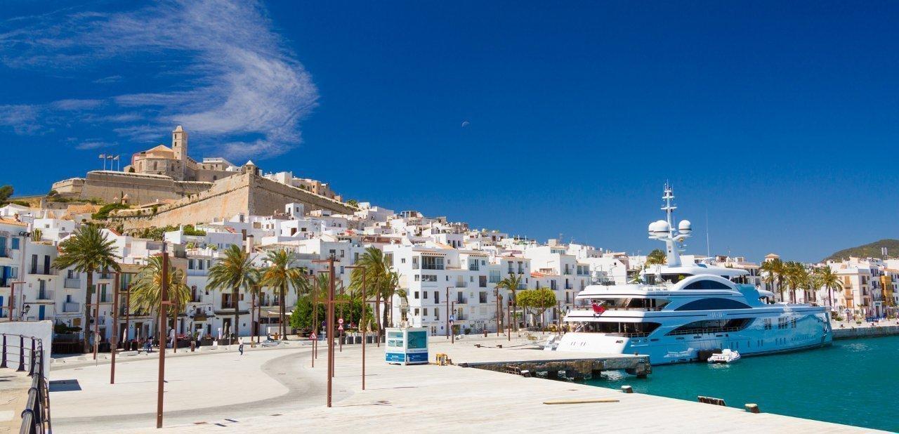 Vistas de Ibiza puerto