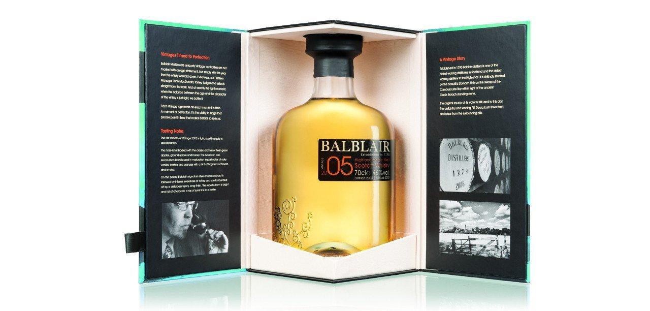 Whisky Balblair 2005 en su caja especial